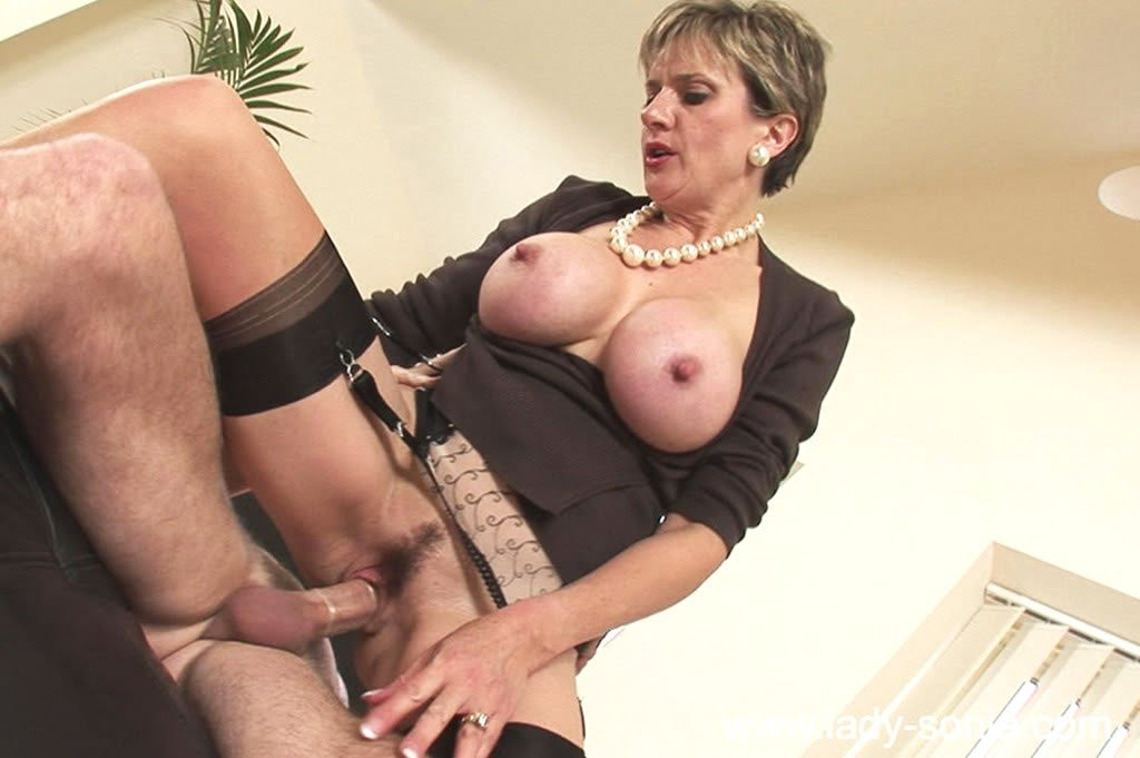 Lady Sonia planned for this by wearing her sexy nylon stockings and no ...: www.milfpounders.com