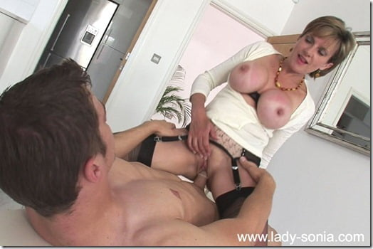 lady-sonia-sex-05